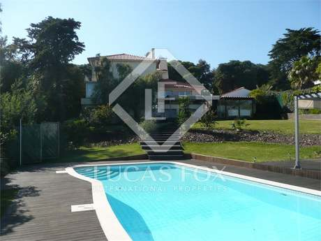 Stylish detached house for Sale in Estoril