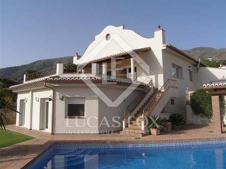 Maison / Villa de 298m² a vendre à Mijas avec 71m² terrasse