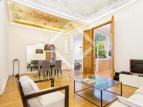 175m² apartment with 58m² garden for sale in Gracia