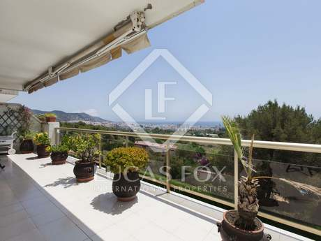 Apartment for sale with Stunning views of Sitges and sea