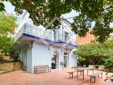 在 Vallvidrera, 巴塞罗那 226m² 出售 豪宅/别墅 包括 50m² 露台