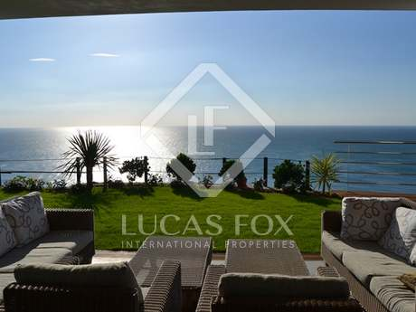 Luxury villa  with stunning sea views near Sotogrande