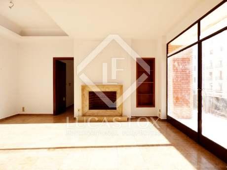 Apartamento a renovar, en venta en Valencia