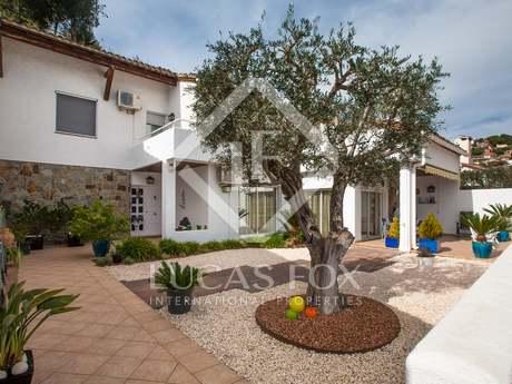 Casa de 5 dormitorios en venta en Alella