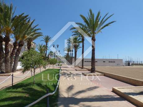 Luxury beachfront property for rent in Pobla de Farnals