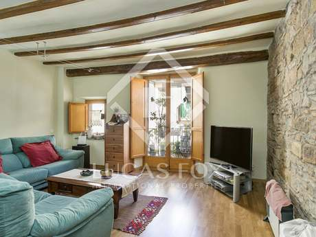 Apartment with great renovation potential to buy in the Born