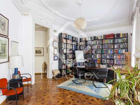 Appartamento di 273m² in vendita a Eixample Destro