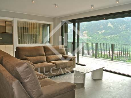 190m² property with terrace for sale in Grandvalira Ski area