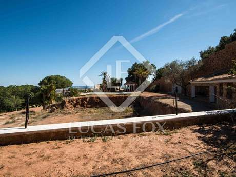 Large plot of land for sale 16km from Valencia