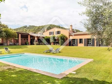 Casa / Villa di 408m² con giardino di 2,542m² in vendita a Llafranc / Calella / Tamariu