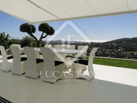 5-bedroom modern style property for sale in the Costa Brava