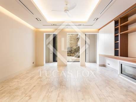 Appartement van 112m² te huur met 48m² terras in Eixample Links
