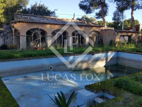 Sunny, private plot for sale in Las Rotas, Valencia