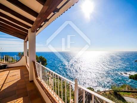 Seafront Costa Brava house for sale in Lloret de Mar