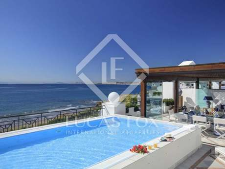 Luxury 5-bedroom beachfront penthouses for sale in Estepona