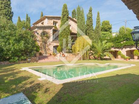Masia style property for sale on the Costa Brava