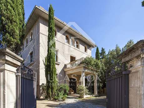 Stately villa for sale in Pedralbes, Barcelona