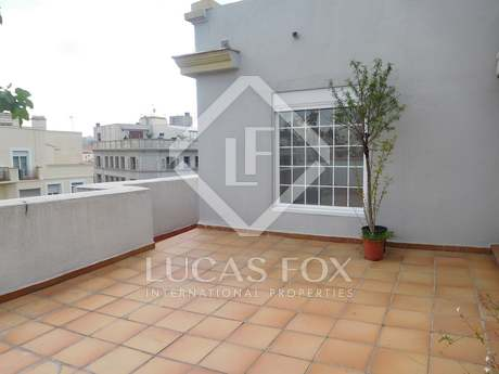 177m² penthouse with 25m² terrace for rent in Recoletos