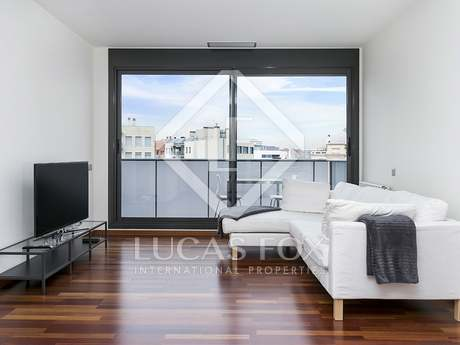 2-bedroom apartment with a terrace for rent in Diagonal Mar