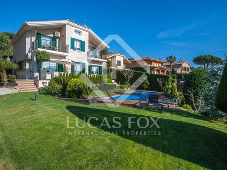 5-bedroom villa for sale in Sant Vincenç de Montalt