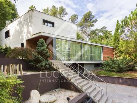 Modern house for sale near Sant Cugat, Barcelona