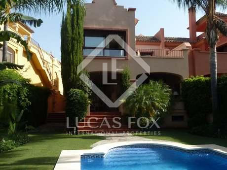 448m² Luxusimmobilie mit 127m² terrasse zum Verkauf in Nueva Andalucía