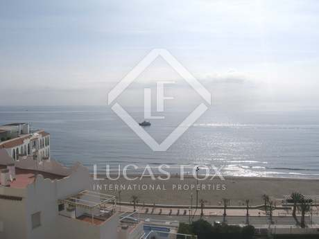 Apartment to buy on Fuengirola seafront, Costa del Sol