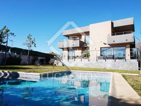 Modern luxury villa for sale in Torre en Conill