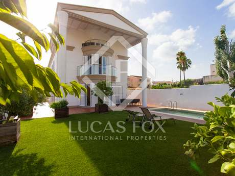 Classic detached villa for sale in sant Pere de Ribes