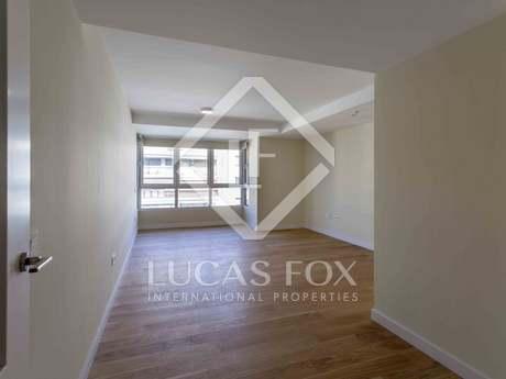 108m² Wohnung zur Miete in Extramurs, Valencia