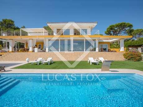 5-bedroom villa with garden to buy in Sant Antoni de Calonge