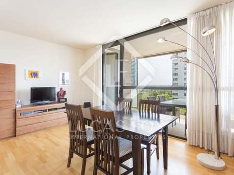 Apartamento de 136m² con terraza en alquiler en Diagonal Mar
