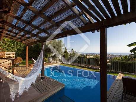 Casa de 5 dormitorios en venta en Vallpineda, Sitges