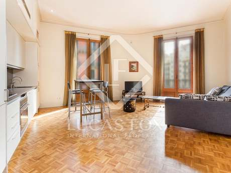 2 apartments registered as 1 to buy on Calle Balmes