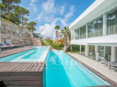 Villa moderna en venta en Sant Antoni de Calonge