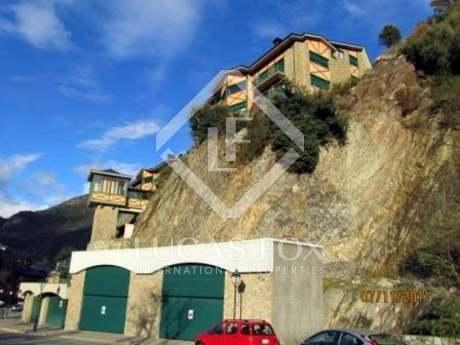 2-bedroom apartment for sale in Andorra. St. Julia de Loria