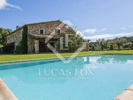 Luxury Spain country house to rent in the Baix Emporda