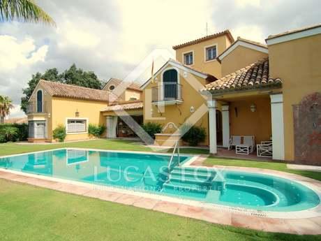 Villa 7 pièces en vente à Sotogrande Costa en Andalousie.