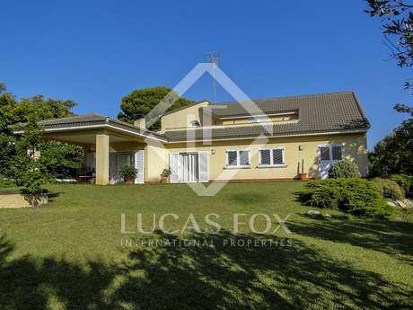 378m² Haus / Villa zum Verkauf in Dénia, Costa Blanca