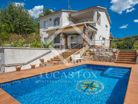 Casa / Villa di 252m² in vendita a Vallromanes, Maresme