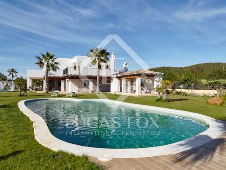 Huis / Villa van 500m² te koop in San Antonio, Ibiza
