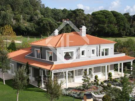 Villa to buy overlooking golf course. Penha Longa, Portugal
