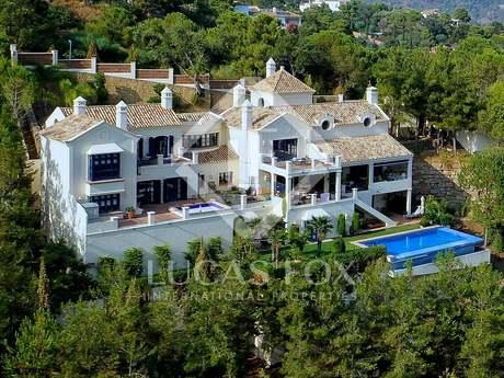 5-bedroom villa to buy in the El Madroñal area of Benahavís