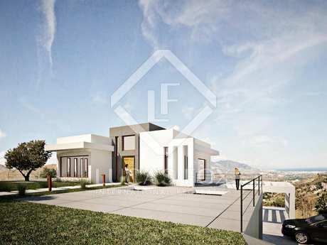 Very large new build villa for sale in La Mairena