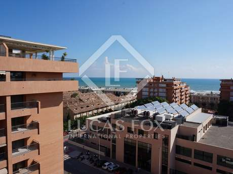 Penthouse with sea views to buy in Playa Patacona, Valencia