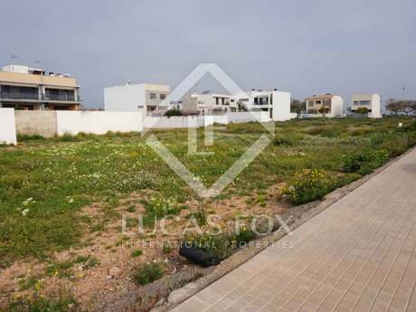 Plot for sale in El Puig residential area, Valencia
