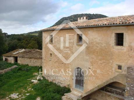 Country house for sale in South Mallorca close to Palma