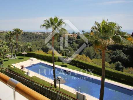 115m² Apartment with 40m² terrace for sale in Sierra Blanca / Nagüeles