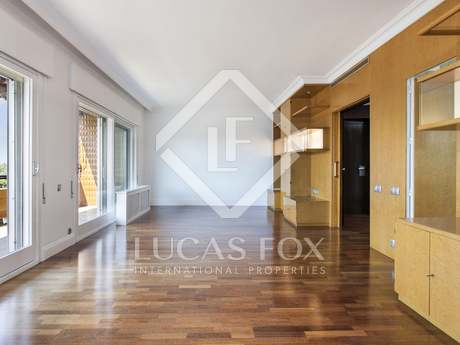 175m² apartment for rent in Les Corts, Barcelona