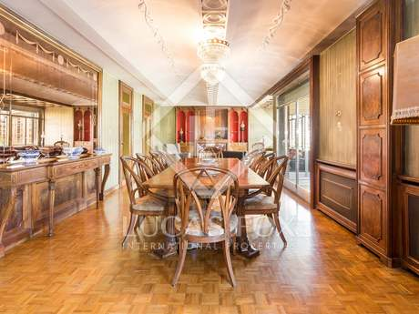 Magnificent 6 bedroom apartment to be renovated for sale